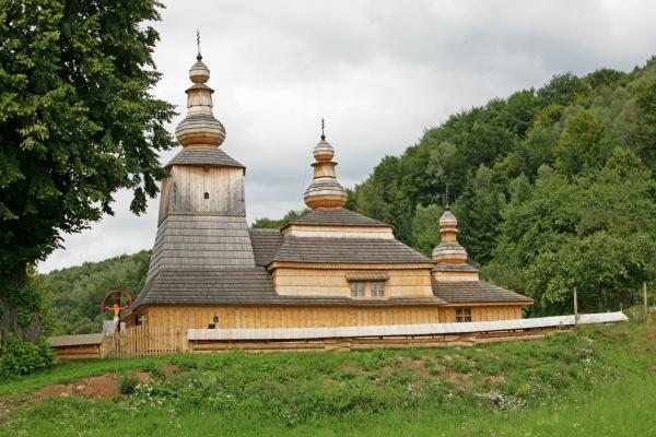 Мирола, деревянная церковь